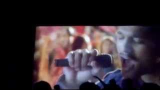 allu arjun fans dancing inside the theater  of romeo and juleits/iddaruammilthyo