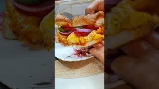 Pav Egg Omelette burger recipe  easy omelette burger at home