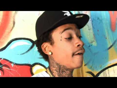 WIZ KHALIFA TALKS CHICKS, TATTOOS & TAYLOR GANG CLOTHING LINE