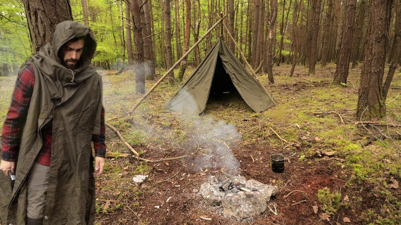 info for d321d e28ca Camping in the Woods like ROBIN HOOD - Military Poncho Tent