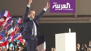 من هو ايمانويل ماكرون الذي انتقل إلى جولة الإعادة في الانتخابات الفرنسية؟