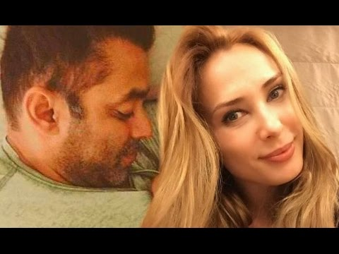 Iulia Vantur Caught At Salman Khan House Galaxy Apartment In Bandra!