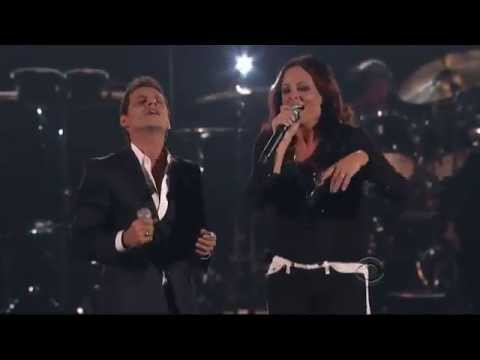Marc Anthony ft. Sara Evans - Endless Love Love (Lionel Richie Concert)
