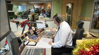 Sir Terry Wogan signs off on his breakfast show