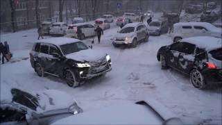 Транспортний колапс у Владивостоці зупинив весь місто.17.11.17. Всі аварії минулого дня.