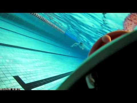Swimming: Freestyle (underwater slow motion analysis)