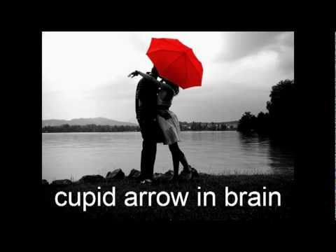 AATUTHOTILIL NINNE KIDATHI URAKI....ever romantic song