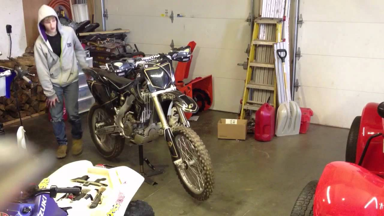 Home made dirt bike stand 2 youtube for How to make a bike stand out of wood