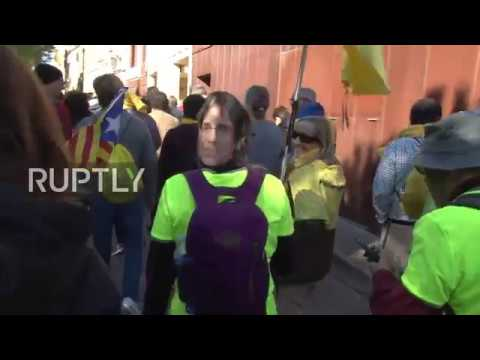 Spain: Girona protesters march for Catalan prisoners