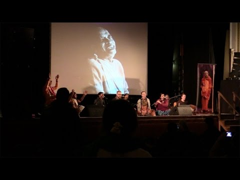 Kirtan at The Joy of Devotion UK premiere
