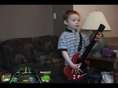 Ricky (5yrs old) Guitar Hero II YYZ Expert