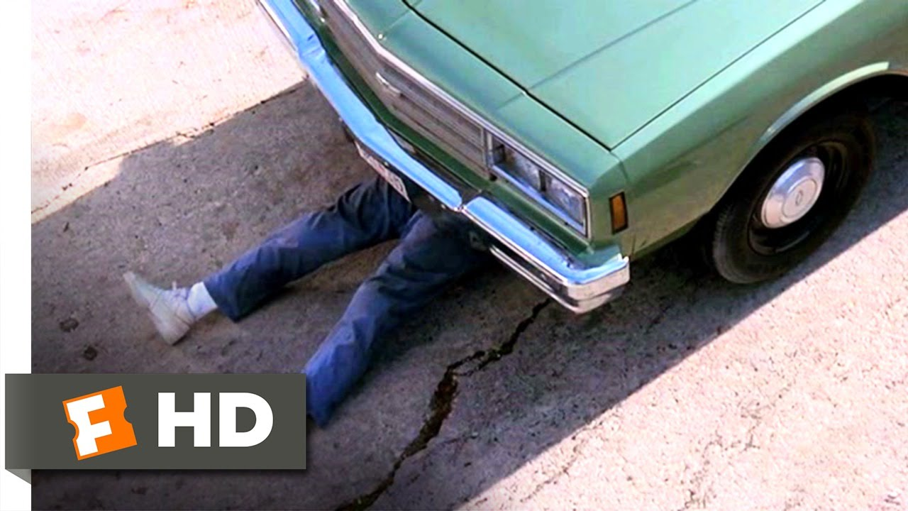 Download The Naked Gun 2½: The Smell of Fear (6/10) Movie CLIP - What A Drag (1991) HD
