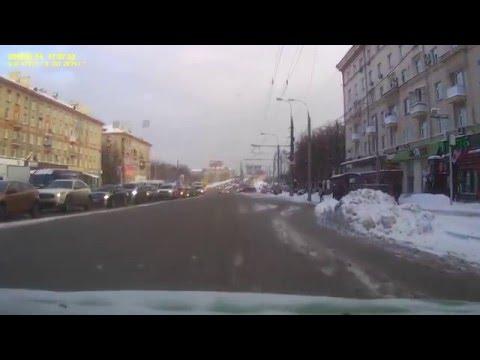 Авария на пересечение улиц Маршала Бирюзова и Народного Ополчения