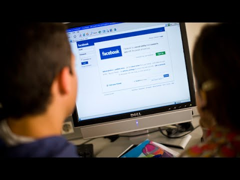 Students in India Log Onto Social Networking Sites for Homework