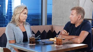 Todd & Julie Chrisley Turn Themselves In But Get 'RHOC' Tamra Judge's Support
