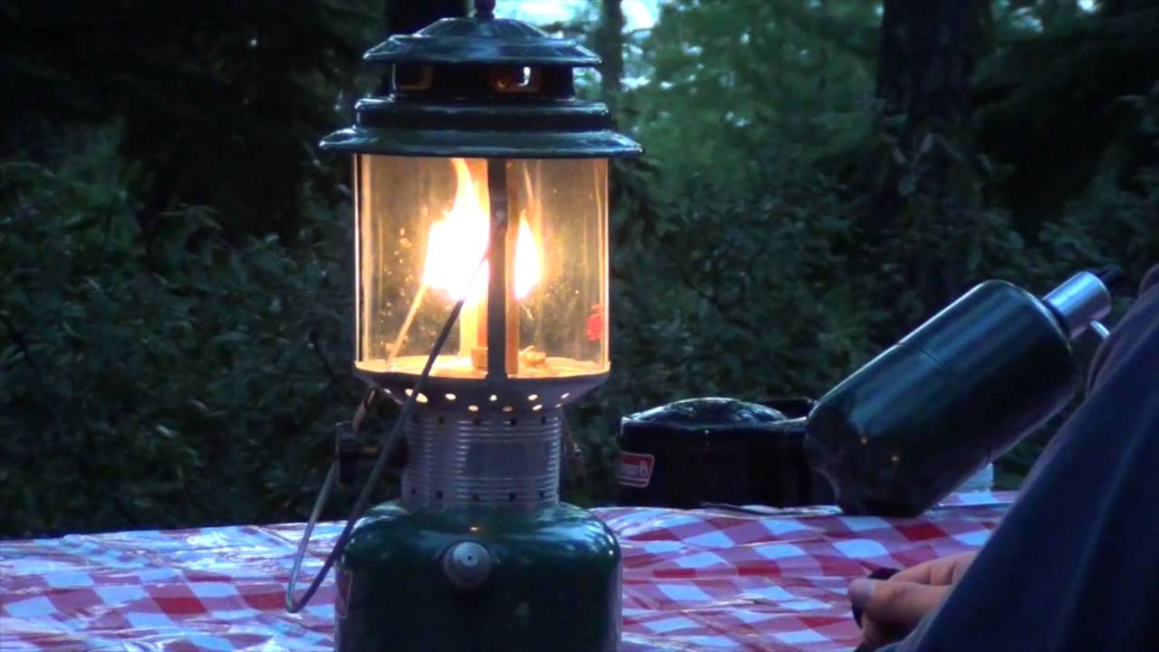 How to light a Coleman Lantern