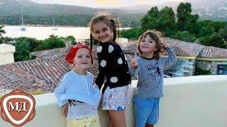 Тётя ЛИЗА и дядя ГАРРИ вместе с КЛАВОЙ - их племянницей!