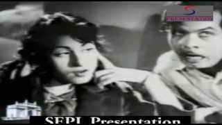 Dekhta Chala Gaya Mein - Lata ,Rafi,Johnny Walker - GATEWAY OF INDIA - Bharat Bhushan,Madhubala