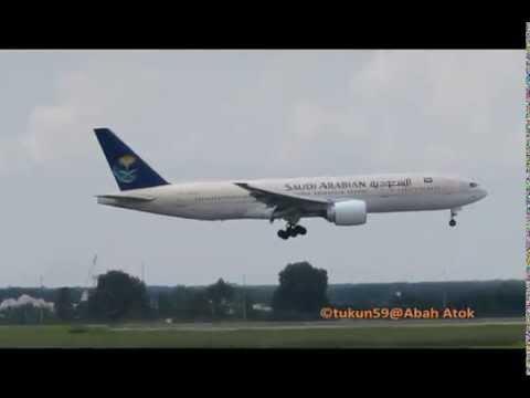 Saudi Arabian Airlines  Boeing 777-268/ER  HZ-AKM