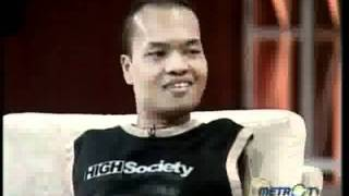 iProud - Aceng: Gitaris Tanpa Tangan Peraih The Best Bass Player di Kick Andy.flv