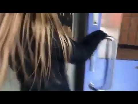 Ibf suprises her bestie at school