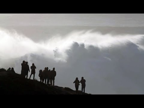 Big-Wave-Surfen in Nazaré: Die perfekte Welle (SPIEGEL TV für ARTE Re:)