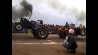 Repeat youtube video Tractor tochan danger sonalika sarbarpur vs sonalika accident