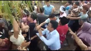 Download Video Nyongkolan Berakhir Tawuran di salah satu desa d Lombok - NTB MP3 3GP MP4