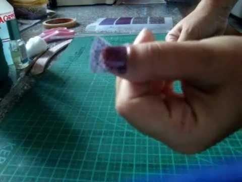 Video Colocando adesivo de unhas Impressas.wmv