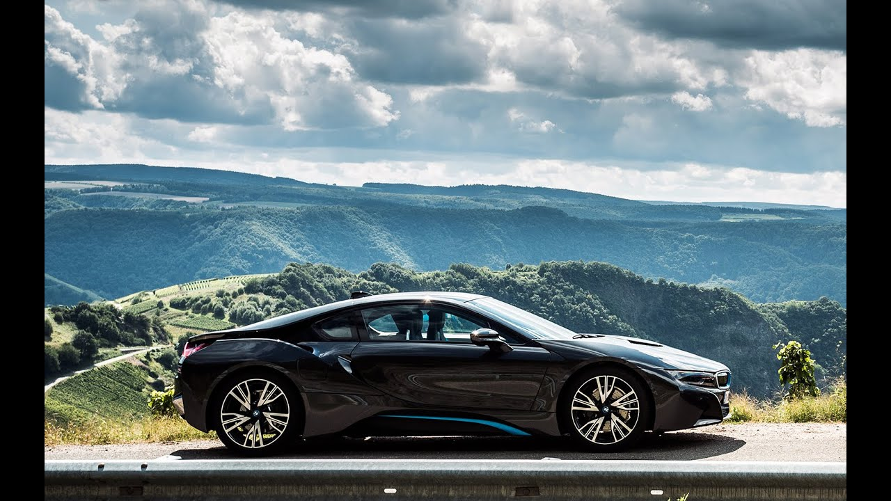 Bmw I8 Engine Sound Startup Revving And Accelerations Youtube