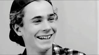 Smile Isak, Smile!