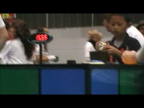 youngest-solver-at-rubik's-world-championship-solves-3x3-in-15.94