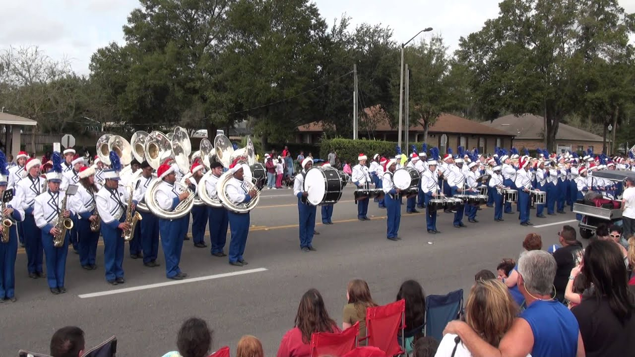 Apopka Blue Darters Marching Band - 2013 Apopka Christmas Parade ...