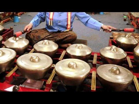 Lagu LANCARAN Semangat Juang 45 - Javanese Gamelan Music - Balai Budaya Minomartani [HD]