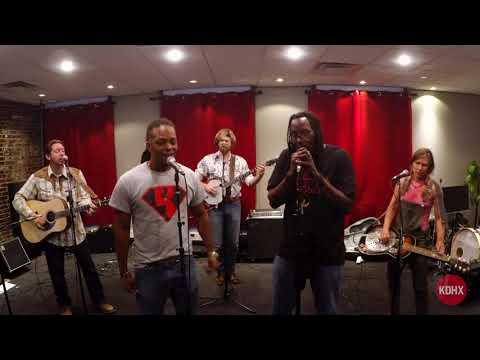 "Gangstagrass ""I Go Hard"" Live at KDHX 7/25/17"