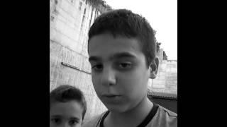 Gambar cover Giro in bici con mio fratello .in bianco e nero