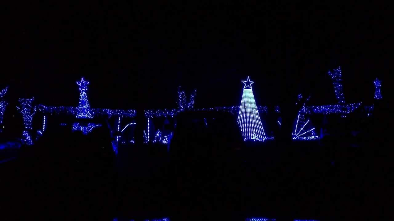 CHRISTMAS LIGHT SHOW In Cleveland TN. Millions? Of Lights That Dance To  CHRISTmas Music