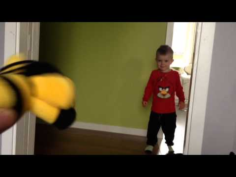 Funny kid, gets scared