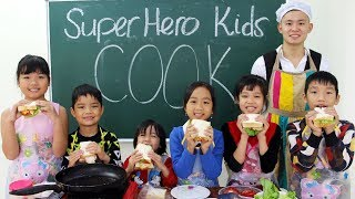 Kids Go To School Learn How To Make Club Sandwich (Back to School Lunch Ideas)