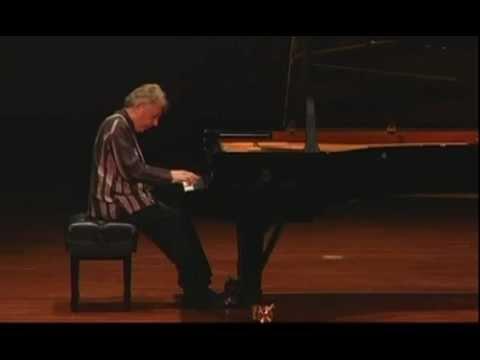 Bach - Italian Concerto - Eduardo Delgado