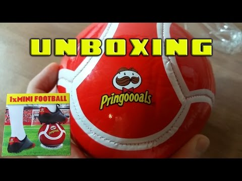 Pringles Pringoooals Mini Football Unboxing
