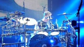 Nickelback - When We Stand Together (Live - Manchester Arena, UK, 2012)