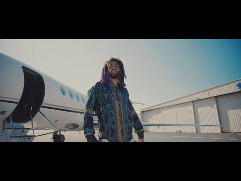 Смотреть клип Dreamville - Down Bad Feat. J.I.D, Bas, J. Cole, Earthgang, & Young Nudy
