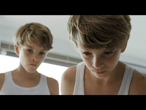 После операции мамы, сыновья пришли в ужас - фильм