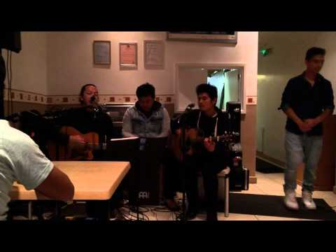 Herda Herdai - amit and group live at chautari restaurant