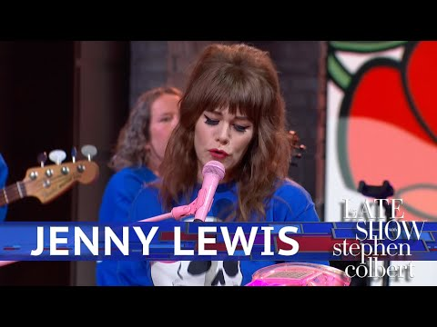 Jenny Lewis Performs 'Wasted Youth'