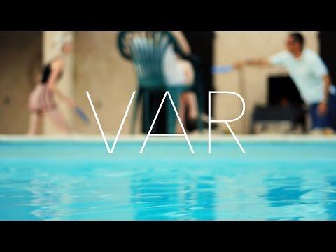 VAR • Isaac Pevy