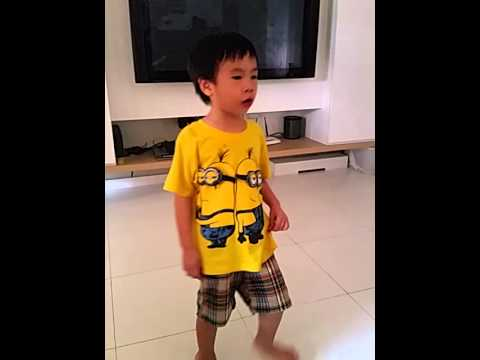 Joshua singing chinese song
