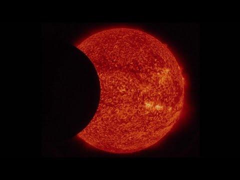 SDO a observé une double éclipse du Soleil