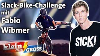 Mit Bike auf Slackline balancieren: Trial-Profi Fabio Wibmer vs. Victor (10)   Klein gegen Groß